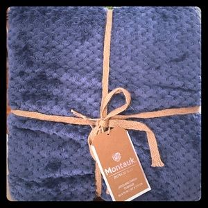 Blue Oversized Jacquard Soft Throw